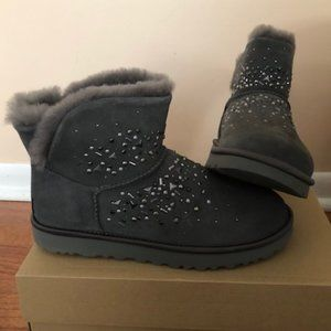 UGG Classic Galaxy Bling Leather Mini boot. Size 8